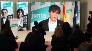Carles Puigdemont en un acto de campaña de Junts, en Vic.