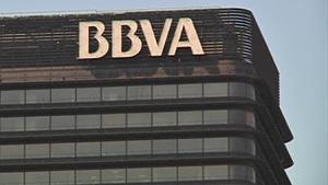 BBVA estudia un ERE para 3.000 empleados