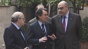 Mas-Colell , Mas y Alemany en uno de los primeros encuentros del Carec.