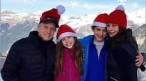 Michael Douglas, su mujer, Catherine Zeta-Jones y sus dos hijos, Dylan y Carys, celebran la Navidad en las pistas de esquí de Aspen.