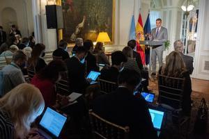 El presidente del Gobierno, Pedro Sánchez, durante su rueda de prensa en la residencia del embajador de España ante la ONU, en el Upper East Side de Nueva York, este 22 de septiembre de 2021.