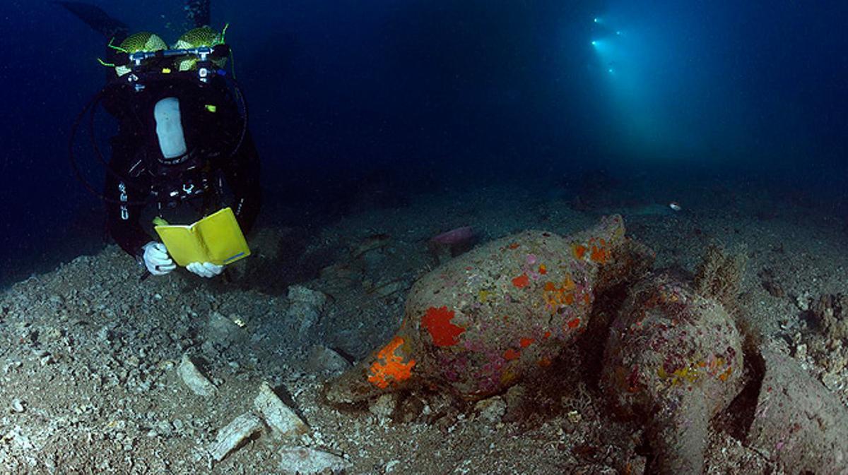 Encontrados restos del barco romano mejor conservado de Catalunya.