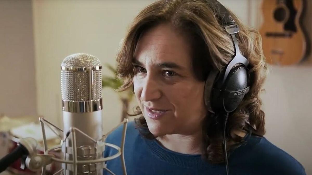 Ada Colau rapea en un videoclip de En Comú Podem para las elecciones catalanas