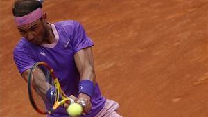 Nadal conquereix la desena a Roma i contra Djokovic