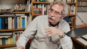 El escritor Jaume Cabré, autor de 'Consumits pel foc'.