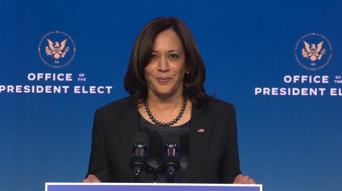 Kamala Harris, de 56 años, es la primera mujer elegida vicepresidenta de EE UU.