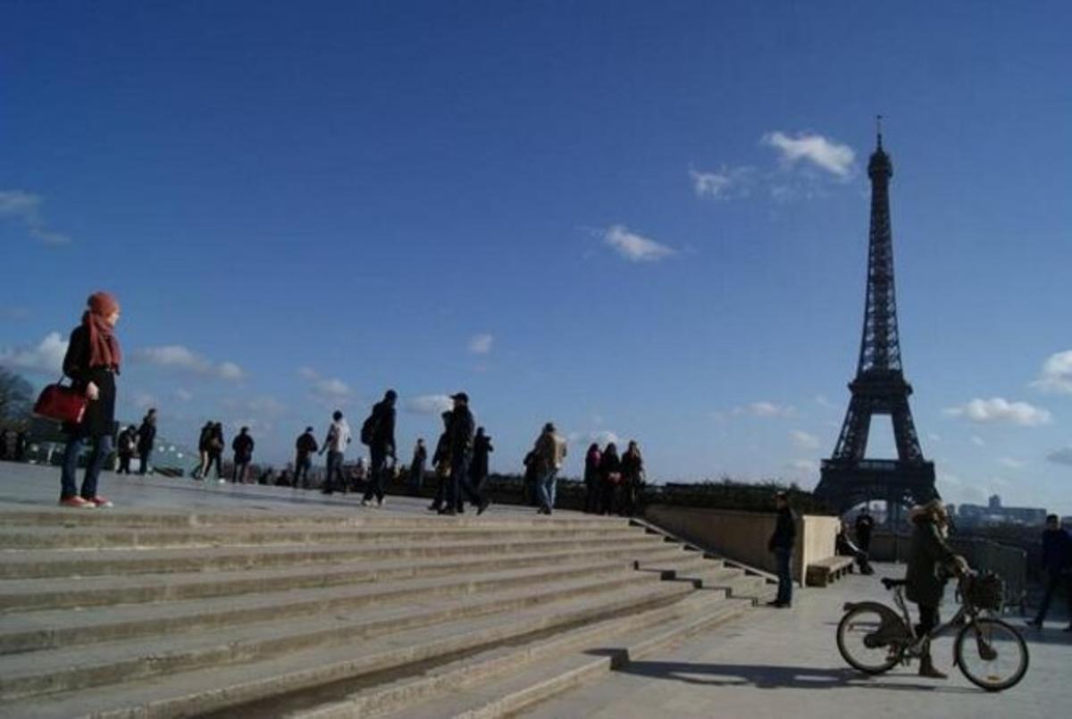 La Torre Eiffel, en París, uno de los destinos del colectivo de trabajadores de Tiens.