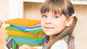 Los padres deben elegir cuidadosamentequé libros digitales leen sus hijos.
