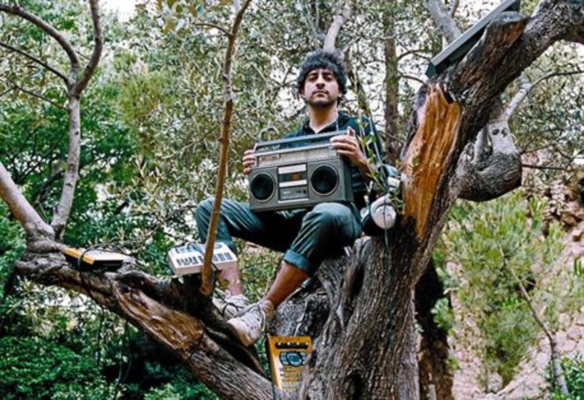 El Guincho: «Los discos de Bisbal suenan como un pepino»