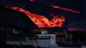 Tsunami de lava en el volcán de La Palma