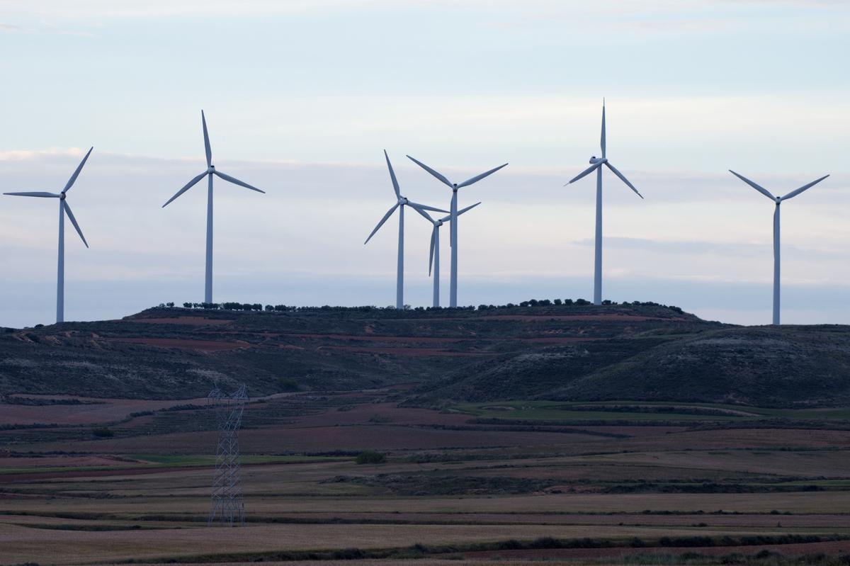 Parque eólico Cabezo de San Roque, en Muel, Zaragoza.