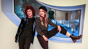 La directora María Pérez Sanz y la actriz Christina Rosenvinge en la presentación de la película 'Karen' en el D A Film Festival en el CCCB.