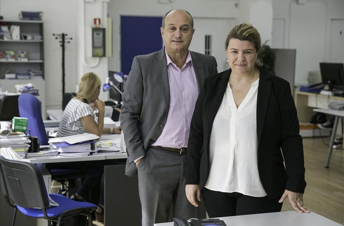 Ruth Cuscó y Carlos Sevillano, directora gerente y director comercial de Asho, empresa especializada en gestión y codificación de informaciónmédica.