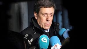 El empresario Juan Carlos Quer, padre de Diana, a su llegada a la Audiencia Provincial de A Coruña para asistir al juicio por la muerte de su hija.