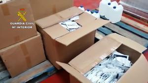 Intervingudes en un magatzem de Collbató 19.000 mascaretes fraudulentes