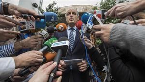 Camps i Cotino, investigats per la visita del Papa a València