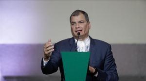 Rafael Correa en una conferencia en México.