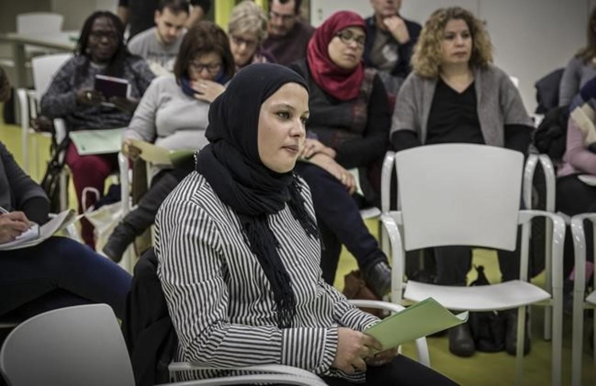 Entidades musulmanas de Barcelona se reunieron el pasado lunes con portavoces del ayuntamiento en el Pati Llimona.