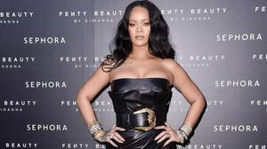 Rihanna presentasu nueva colección'Fenty Beauty by Rihanna' para Sephora, en Milán.