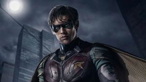 Robin (Brenton Thwaites) en 'Titans'.