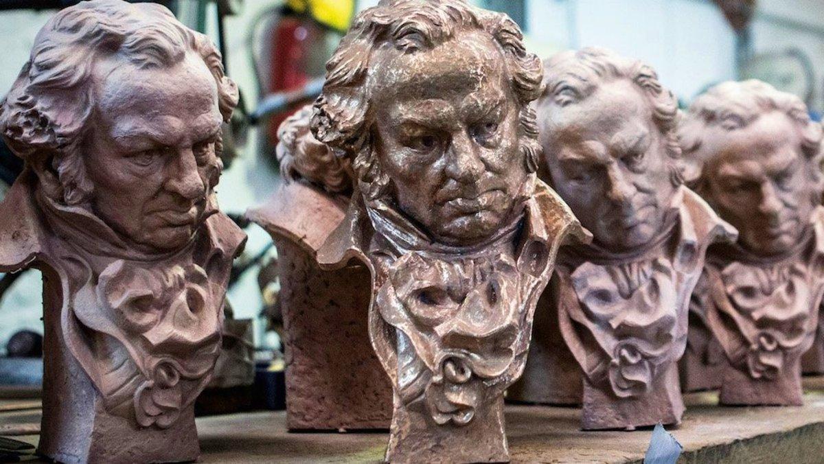 Los Premios Goya valoran incluir galardones a series de televisión