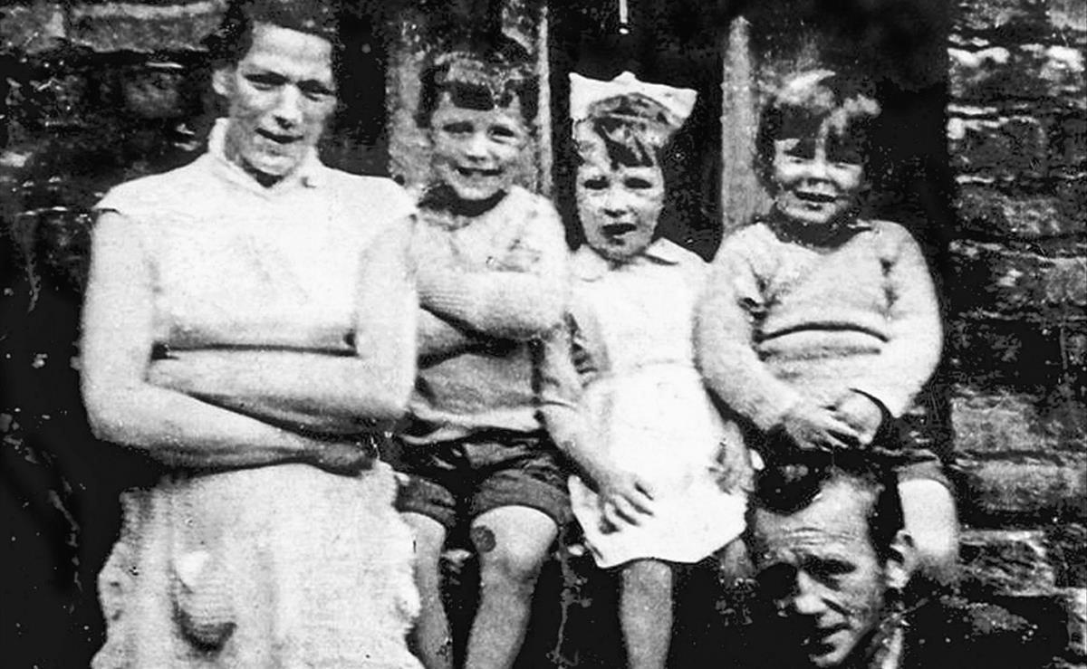 De quan l'IRA va assassinar una mare de 10 fills