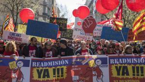 700 persones protesten contra els acomiadaments al servei d'atenció telefònica d'eDreams