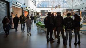 Ambiente en centro comercial de Diagonal Mar.