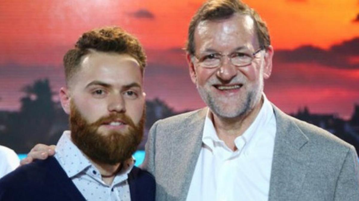 Joaquín Martín, en la imagen que el presidente Mariano Rajoy colgó en su cuenta de Twitter.