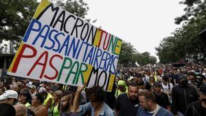 Manifestación contra las medidas anticovid del Gobierno francés en París.