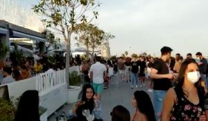 La Marina de València, llena de gente este fin de semana.