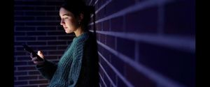 Assetjades a la xarxa: quan la por no es pot desconnectar