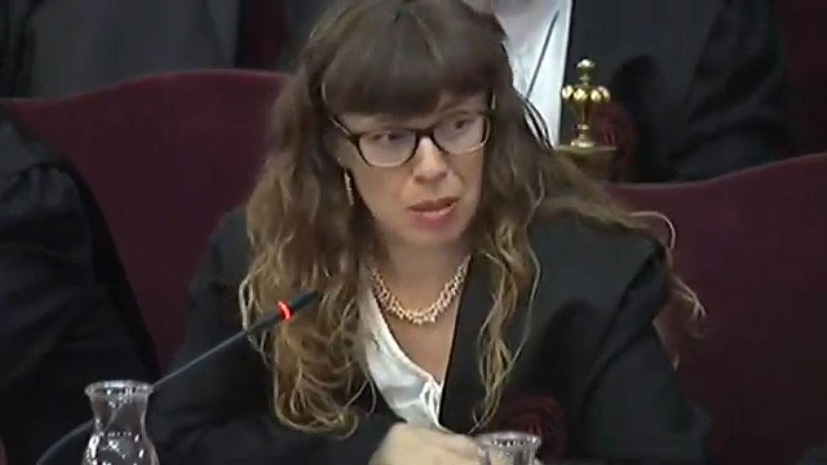 Juicio del 'procés'. Olga Arderiu, abogada de Forcadell: Se la juzga por quien es y no por lo que ha hecho.