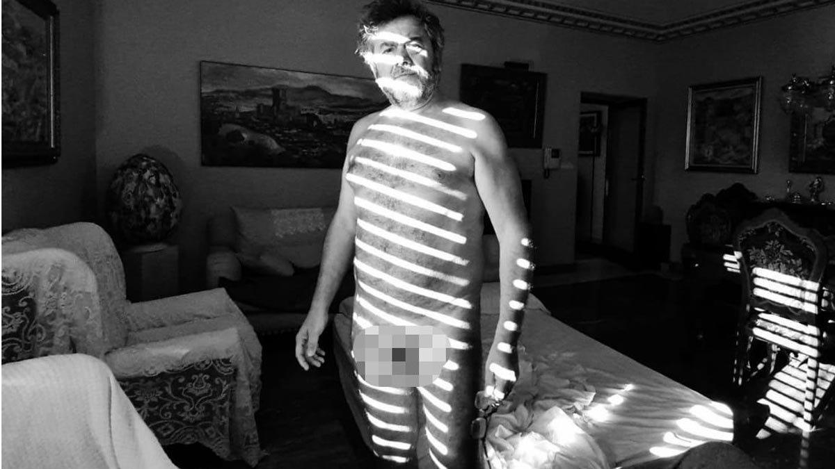 El polémico desnudo de un concejal de Monóvar