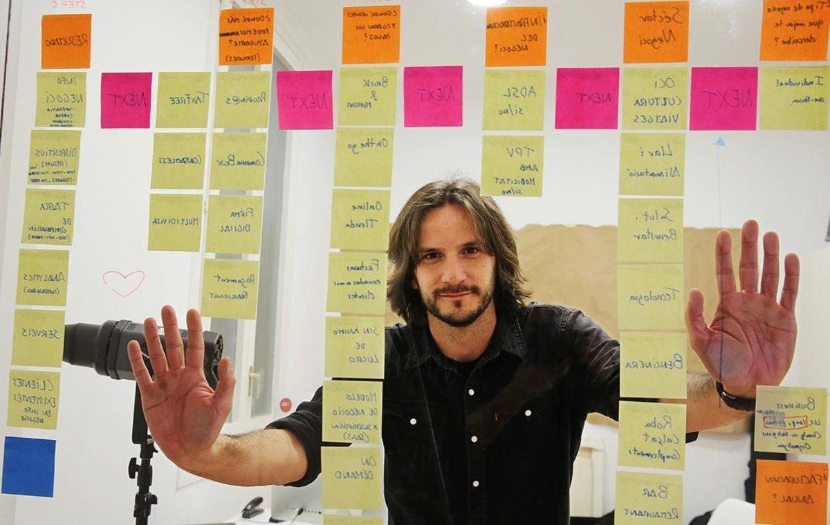 Carlos Ruiz, cofundador de Interactius,pyme catalana especializada en la investigación con usuarios y el diseño estratégico.