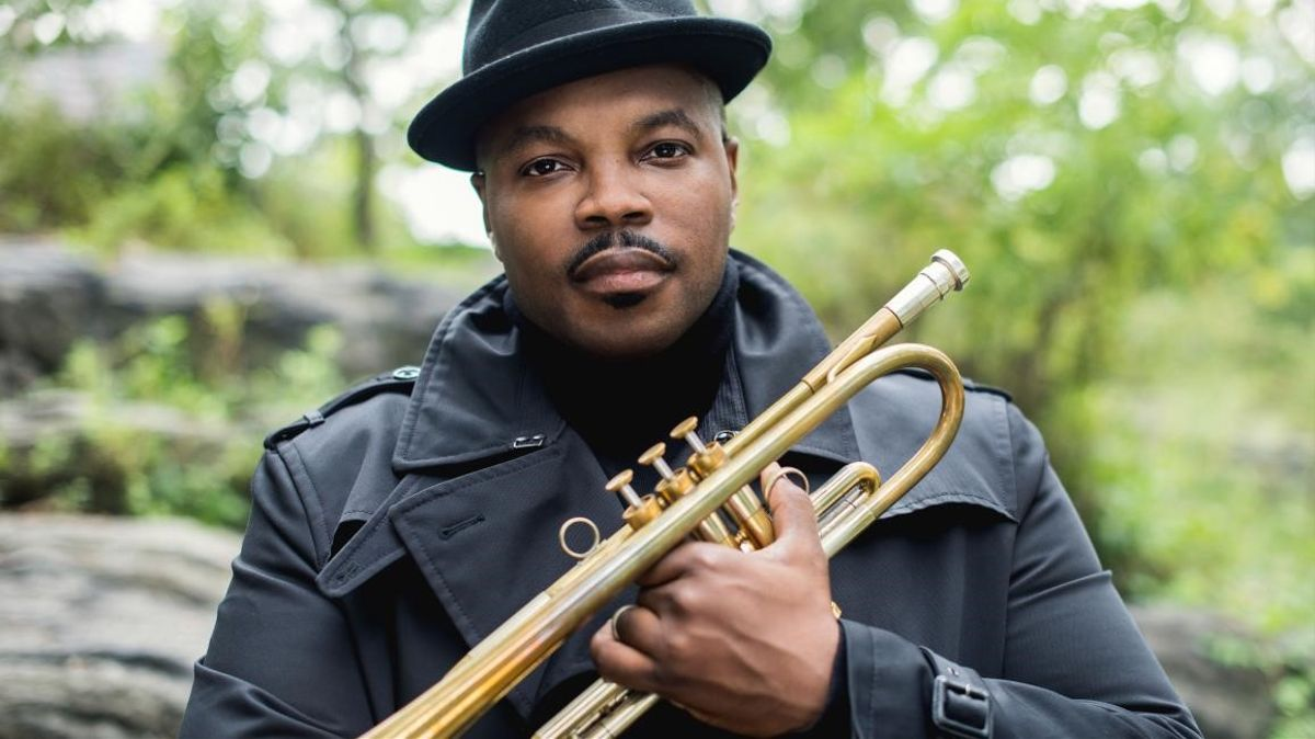 El trompetista Jeremy Pelt documenta la història viva del jazz