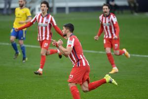 El atlético Luis Suárez celebra un gol ante el Cádiz.