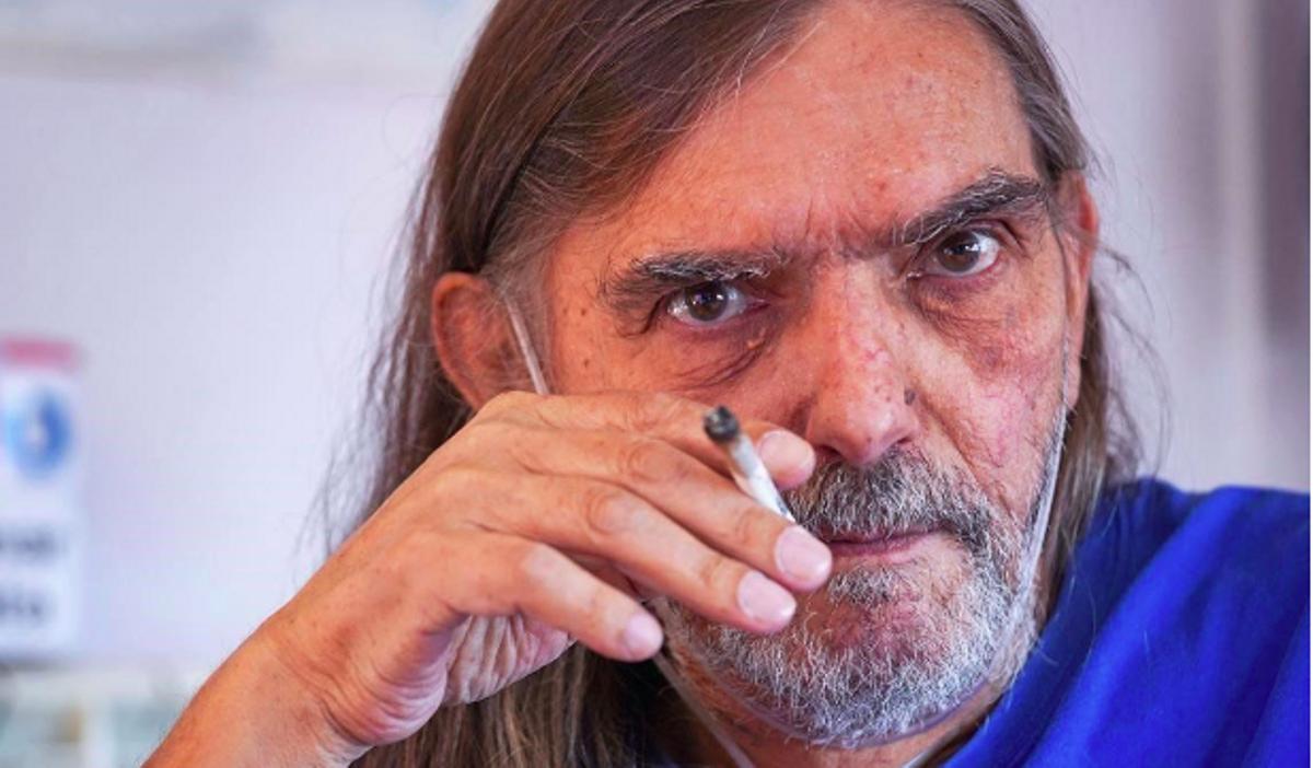 Jordi Cussà, en su apartamento, en Berga, en septiembre de 2020.