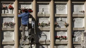 En estat crític una dona de 70 anys al caure des d'una escala en un cementiri de Las Palmas