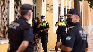 Un home assassina a trets la seva parella i se suïcida en ple carrer de Màlaga