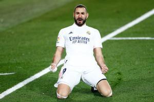 El madridista Karim Benzema celebra un gol con el Real Madrid.