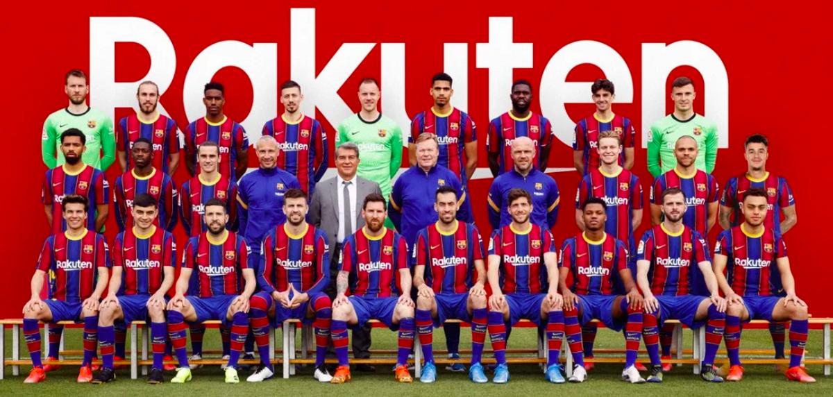 La foto oficial de la plantilla del Barça 20-21 realizada en la ciudad deportiva de Sant Joan Despí.