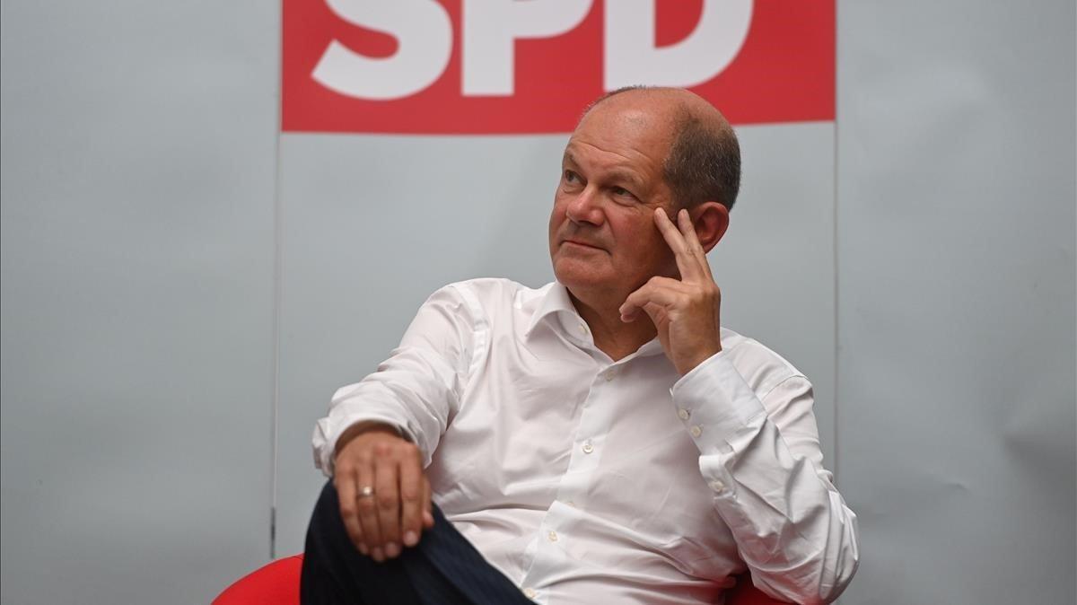 El candidato del SPD a la cancillería alemana, Olaf Scholz, durante un acto con ciudadanos este jueves.