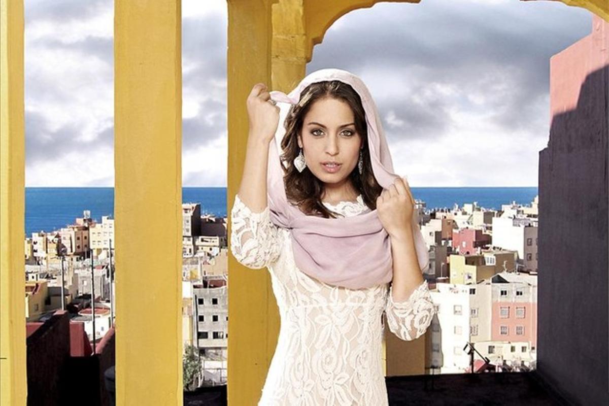 La actriz Hiba Abouk es Fátimaen 'El Príncipe'.