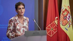 Navarra restringe la entrada y salida su territorio. En la foto, la presidenta de Navarra, María Chivite, durante el anuncio del confinamiento.