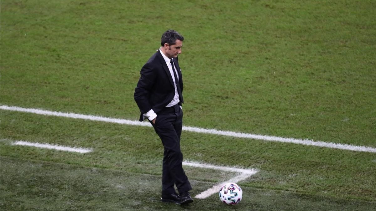 Valverde, en el duelo con el Atlético de Madrid en la semifinal de la Supercopa de España.