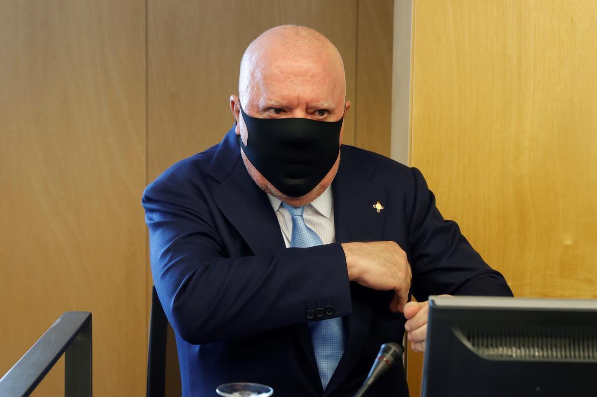 El excomisario José Manuel Villarejo en su comparecencia en el Congreso de los Diputados