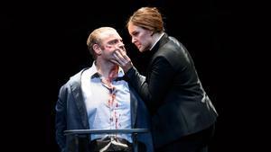 Un momento de 'Norma', en la versión moderna de Àlex Ollé, estrenada en el Royal Opera House.