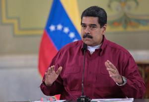 Maduro, que abandonó el martes la capital cubana, fue despedido en el aeropuerto internacional José Martí de La Habana por Castro.