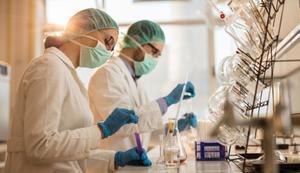 Ensayos clínicos para encontrar nuevos medicamentos.